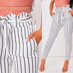 Pantalón elegante rayas